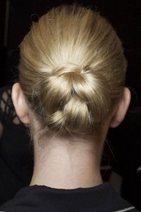 549a08c054763_-_hbz-runway-hair-trends-braids-fetherston-bks-m-rs15-0989-lg