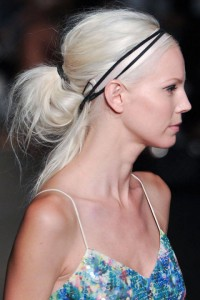 549a08d088956_-_unway-hair-trends-accessories-tracy-reese-clpi-rs15-0670-lg